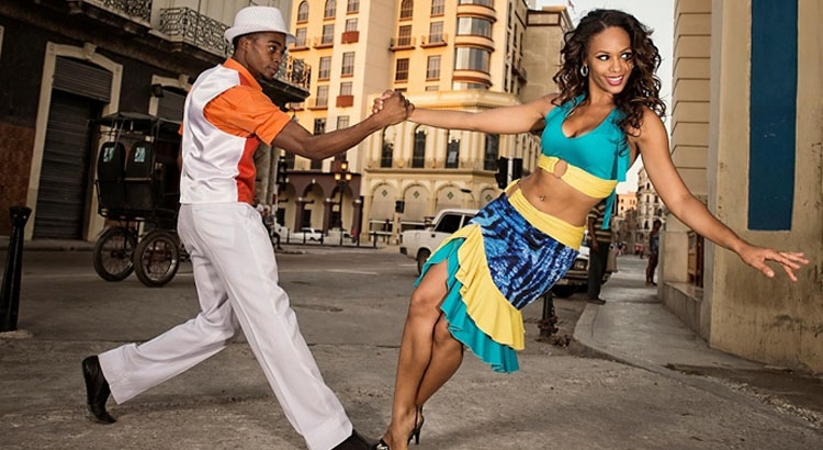 Salsa lessons Havana